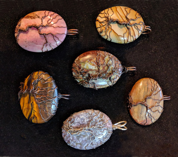 Russell-Tree-of-Life-Pendants-(w)
